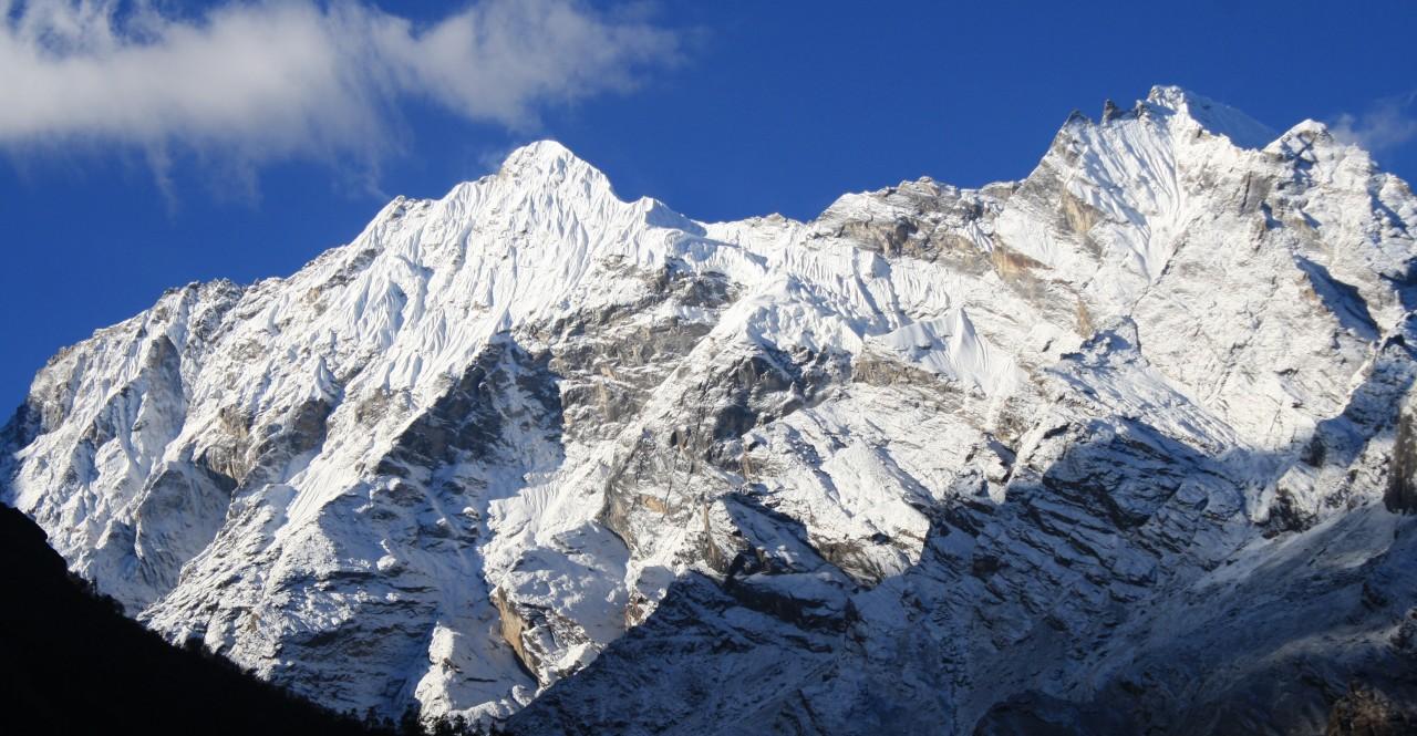 ganesh-himal-tsum-valley-1280x665